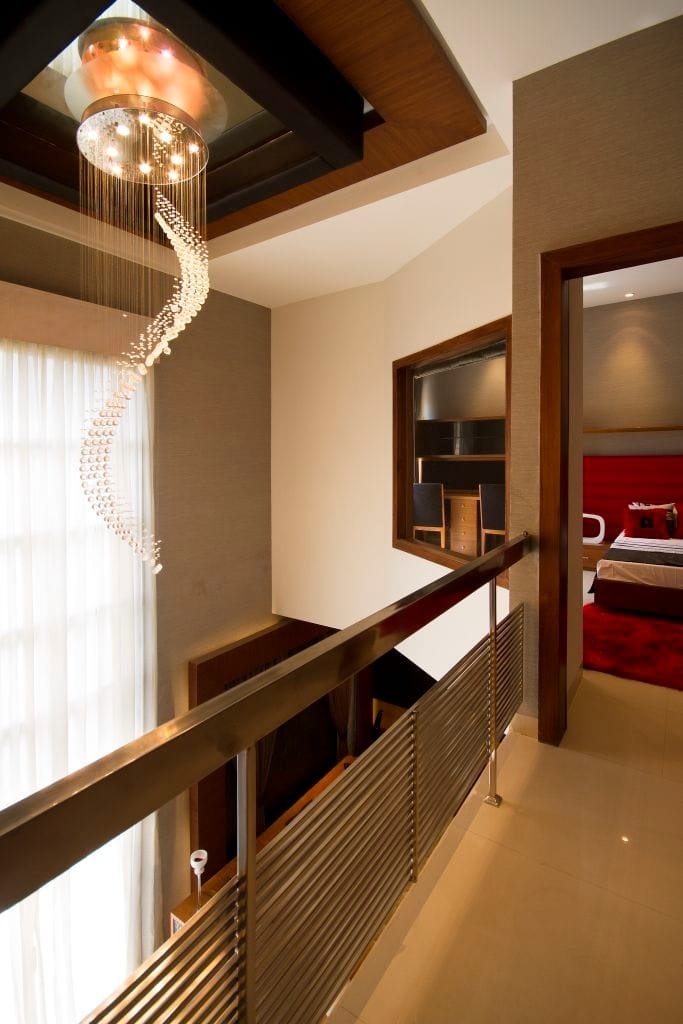 hotel on lease rent in haridwar 7O6O738171