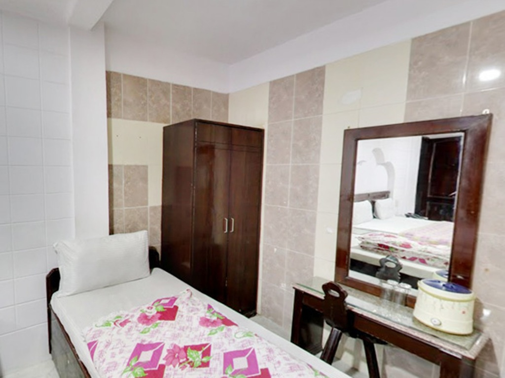 hotel for lease in jaipur 7O6O738171