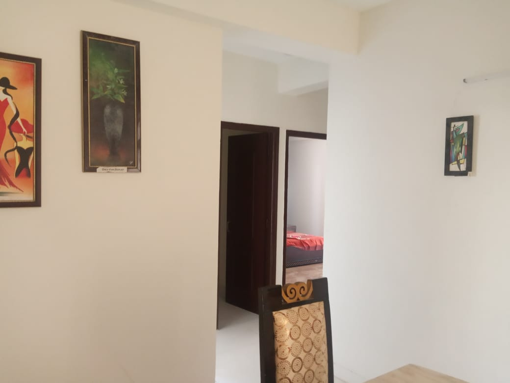 +91 7060738171     single room for rent in kankhal