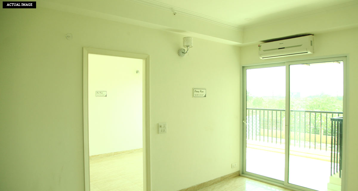 2bhk flat rent for gaur atulyam greater noida